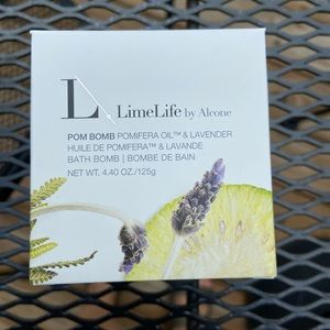 Limelife bath bomb, brand new
